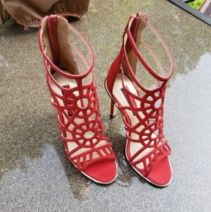 💯Authentic Luichiny ASK A GIRL Red Stilettos
